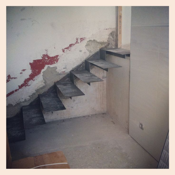 Otra vista de la escalera.