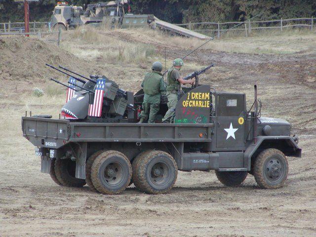 Anyone here have/fabricate machine gun vehicle turrets