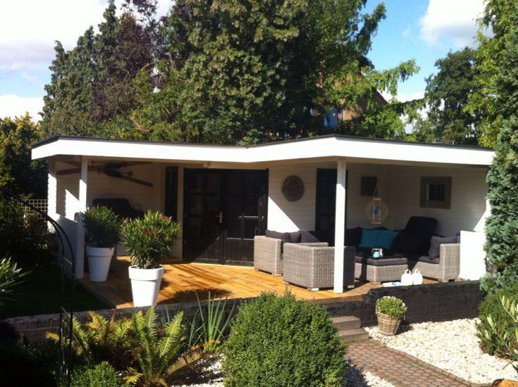 TuinTotaalCenter Zwolle - Modernvarioflex Hoek-tuinhuis blokhut met 2 luifels de luxe | Blokhutten, Tuinhuizen, Garages