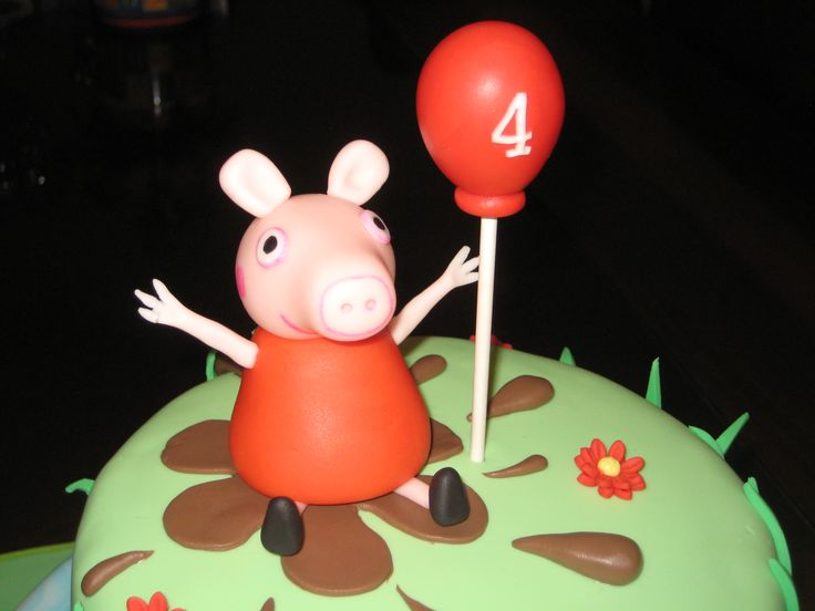 Peppa pig topper in a muddy puddle with 4 Balloon - Cocoabai Cakes