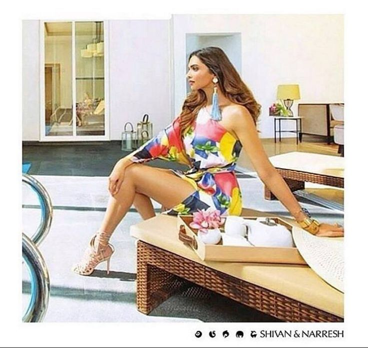 Deepika Padukone looking radiant in #ShivanAndNarresh Squash Print Kaftan for #LodhaBelmondo Campaign | #Resortwear #Kaftan #Print #OOTD #Style #CelebStyle #DeepikaPadukone #Summer #Celebrities