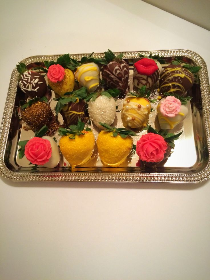 Beauty and the Beast inspired chocolate covered strawberries