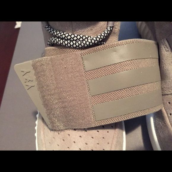 1000 Ideas About Air Yeezy Boost On Pinterest