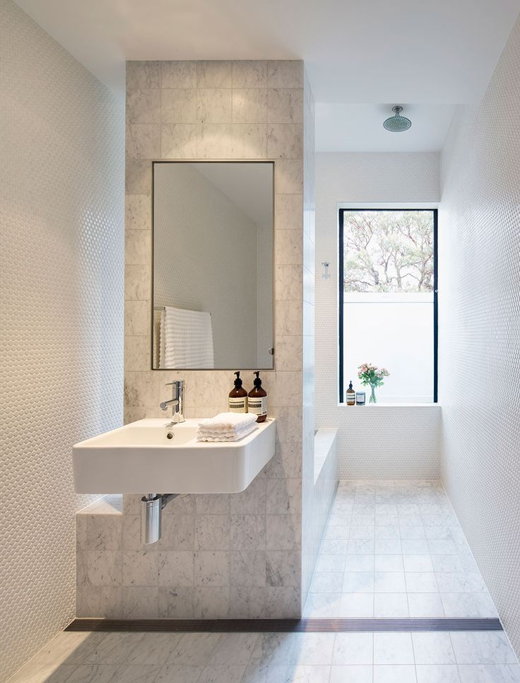 best 25 long narrow bathroom ideas on pinterest narrow bathroom small narrow bathroom and. Black Bedroom Furniture Sets. Home Design Ideas