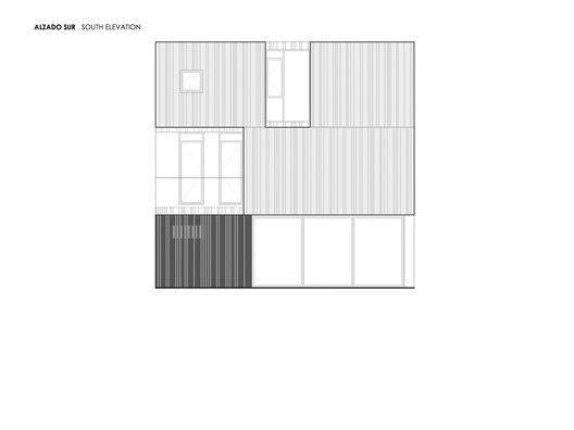 Casa Concreto,South elevation