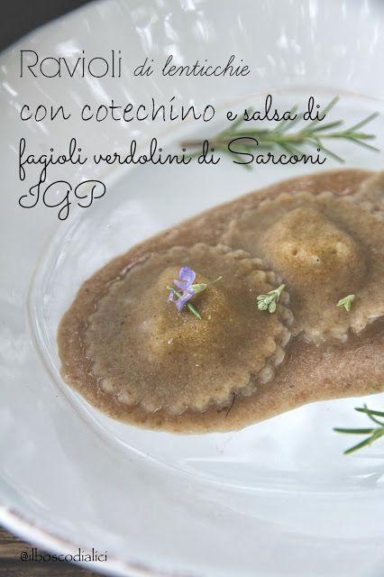 Ravioli di lenticchie con ripieno di cotechino in salsa di fagioli