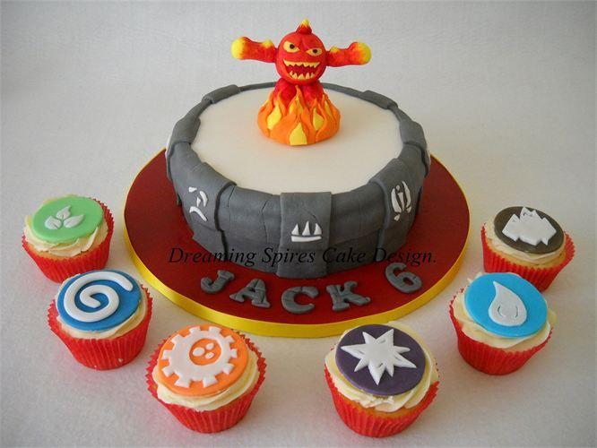 Skylanders portal of power cake & skylander cupcakes