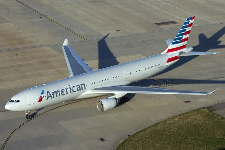 American Airlines Airbus A330-300 at Heathrow - American Airlines fleet - Wikipedia, the free encyclopedia