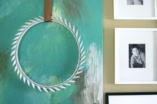 spoon-laurel-wreath