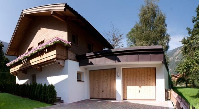 Chalet - Apartments Julitta Oberhollenzer - #Apartments - $94 - #Hotels #Austria #Mayrhofen http://www.justigo.uk/hotels/austria/mayrhofen/oberhollenzer_43951.html
