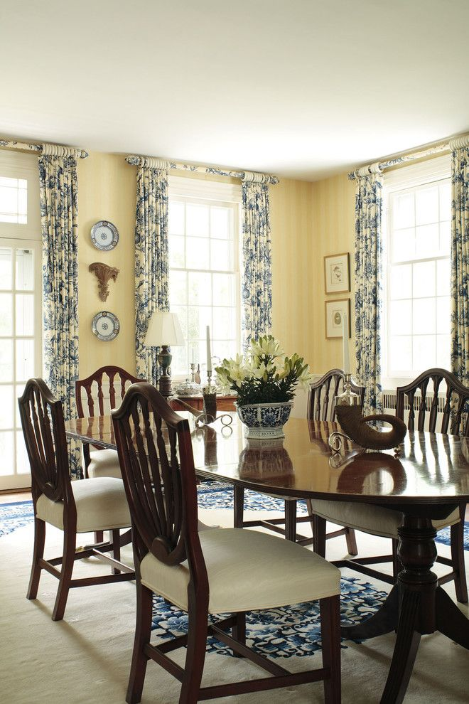 Boxwood traditional dining room richmond 3north for Traditional red dining room