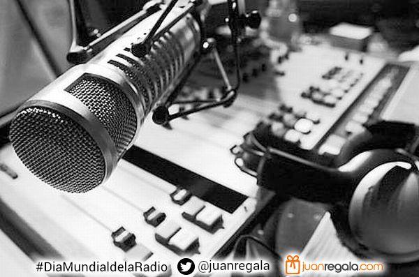 Feliz Dia Mundial De la Radio... porque todos alguna vez nos creímos locutores.