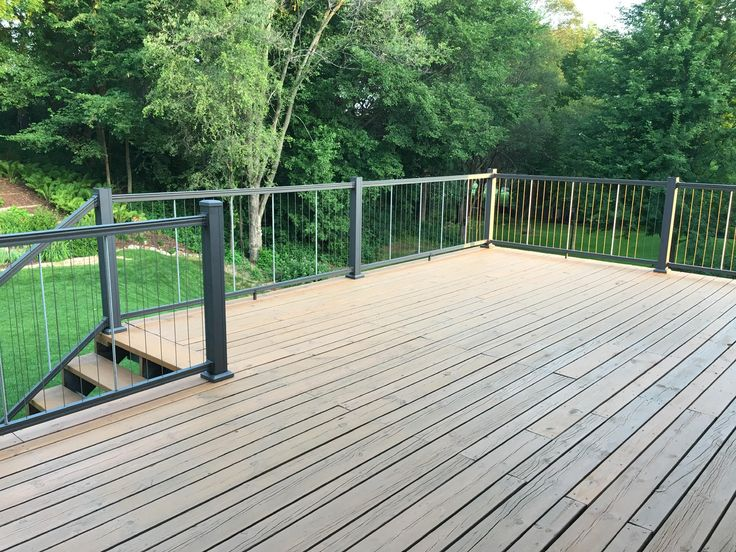 KeyLink's Vertical Cable railing has a contemporary look ...