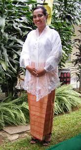 baju kebaya Dansa deng Baniang - ambon - Google Search