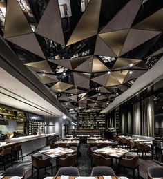 Completed in 2015 in Hong Kong, China. Images by Edmon Leong. Kokaistudios has completed the interior design of Porterhouse by Laris, a brand new steakhouse located in Lan Kwai Fong Group's new California Tower...