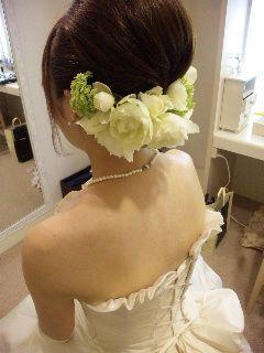 【ウェディング】白ドレスに合う可愛いヘッドアクセサリーまとめ♡【結婚式・ブライダル】 - NAVER まとめ