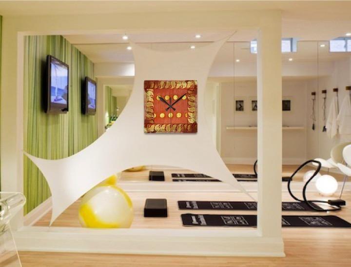 Designer Clock. Modern acrylic wall clock. Stylish, contemporary India – Artikrti