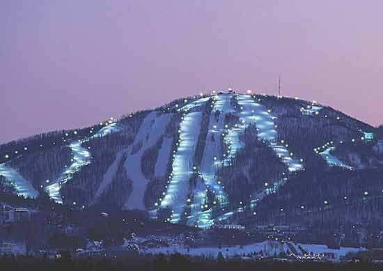 "Bromont Resort in Bromont, Quebec....GREAT skiing, wonderful family friendly atmosphere. (Photo from ""Images of Bromont Ski Resort"" website.)"