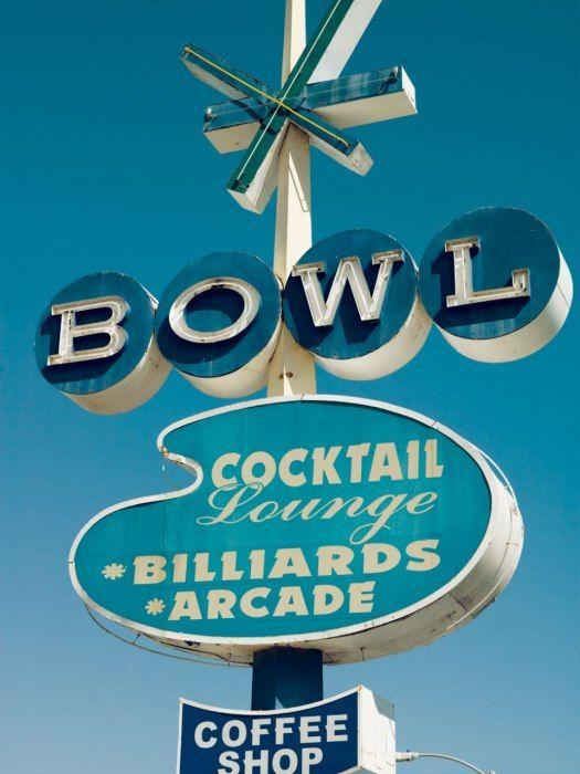 Bowl: Bowls Alley, Cocktails Lounges, Vintage Signs, Mad Men, 1960S Lifestyle, Old Signs, Vintage Neon Signs, Bowls Signs, Vintagegoogi Signs
