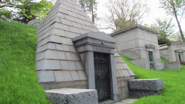 The Gothic revival-style gate at the entrance to Brooklyn's Green-Wood Cemetery is just one of the architectural gems that greet visitors to this cemetery founded in 1838. Majestic tombstones, obelisks, mausoleums and statues can be found throughout its grounds. (Photo courtesy flickr.com)