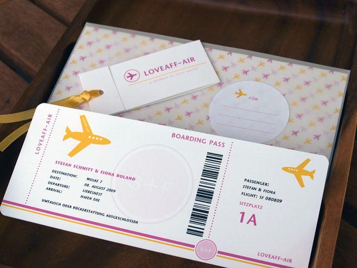 Die Boarding-Pass Glückwunschkarte!   Vorne wird das Design individuell nach euren Angaben auf das Paar angepaßt und hinten ist Platz für einen ode...