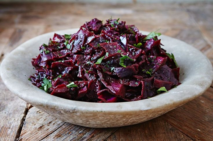 Christmas dinner isn't complete without brilliantly bright and comforting braised red cabbage. Learn how to make…