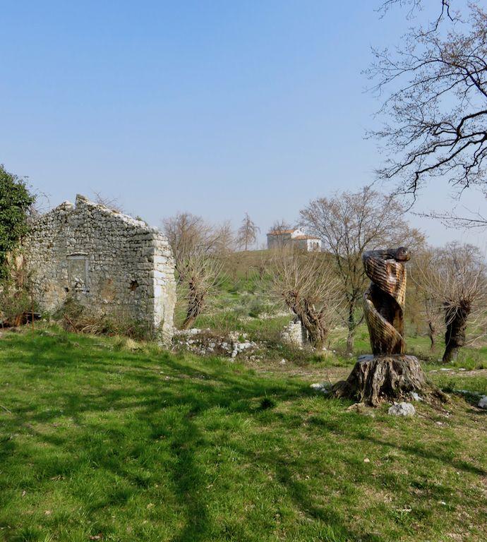 I luoghi dietro casa, la Pedemontana del Friuli occidentale  Aviano, Friuli Venezia Giulia