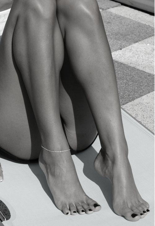 Long Legs Sexy Feet 101