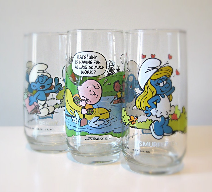 Pop Culture / 1980s Smurfs, Charlie Brown Drinking Glasses, Set of 3