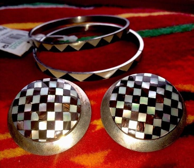 Vintage Selling Silver Mother Of Pearl Earrings And Two Matching Bangles Set  | eBay