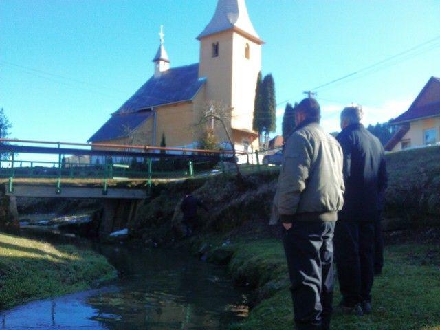Vďaka pomoci slovenskej verejnosti sme vyzbierali v období od júna do októbra 2013 na protipovodňové opatrenia v obci Vítkovce 2806,65 eur, ktoré nadácia VÚB zdvojnásobila. Teraz obci môžeme pomôcť sumou 5613,30 eur.