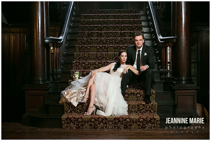Semple Mansion, staircase, bride, groom, portraits, wedding photos, couple, poses