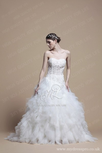 A-line ivory Strapless Floor-length lace Wedding Dress ru_0008  http://www.mydresspro.co.uk/194-09-2012