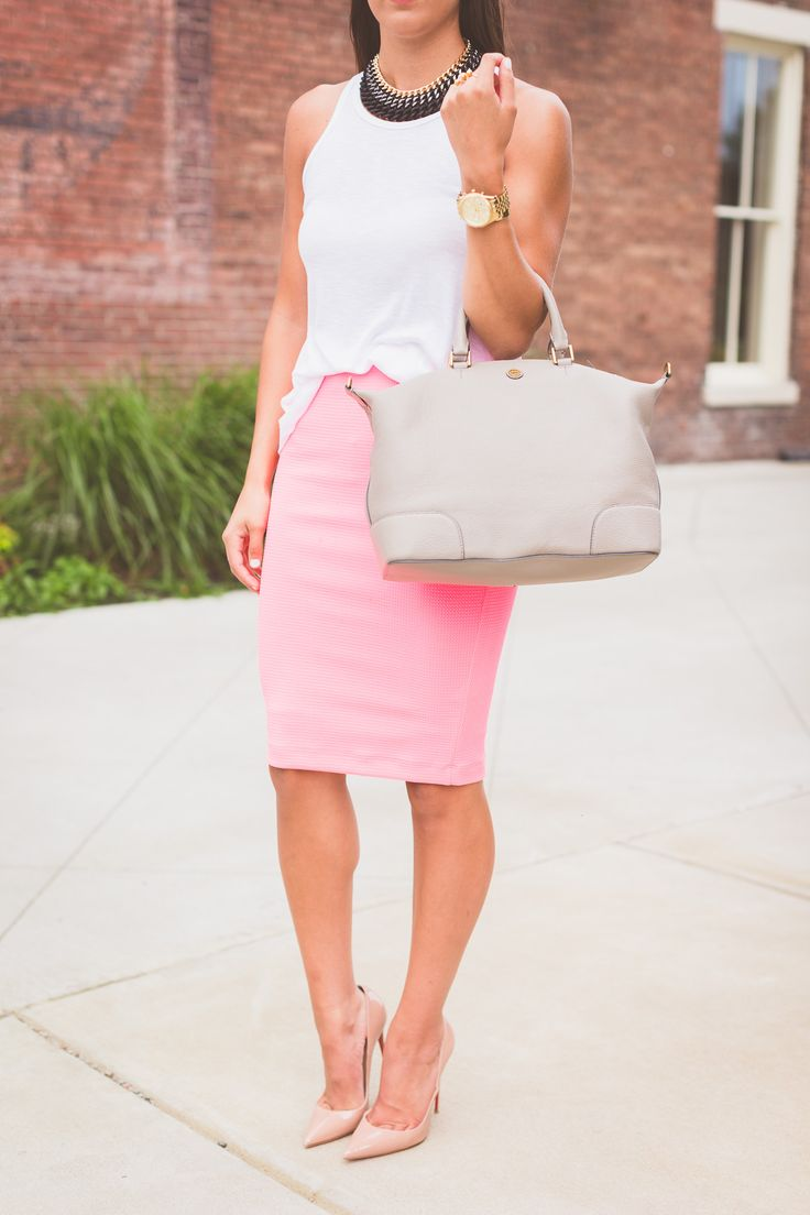 17 Best ideas about Pink Midi Skirt on Pinterest | Pink pleated ...