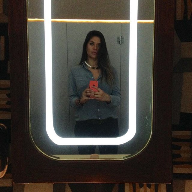 """""""It's beginning to look a lot like cocktails""""🎄#MarianaConeja #Selfie #MirrorSelfie #ootd #christamsiscoming #FashionBlogger #BloggerPoblana #mexicanblogger #bloggermexicana #latinblogger #Puebla"""