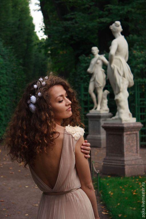 Купить Украшение венок на голову с цветами и жемчугом Сваровски - венок на голову, венок с цветами