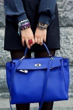 Bright blue handheld bag #purses #handbags diy # trended #fashion ...