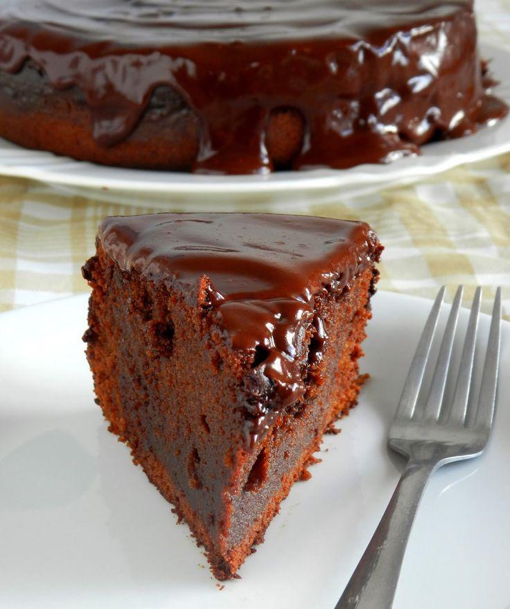 Bolo de chocolate com cenoura e uma super novidade