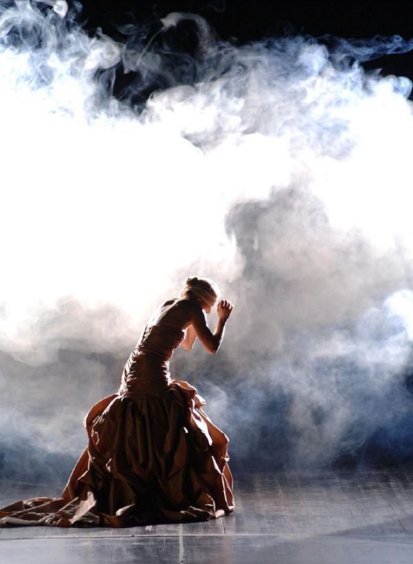 Niobe, Queen of Thebes | ROH | Lukas Hemleb