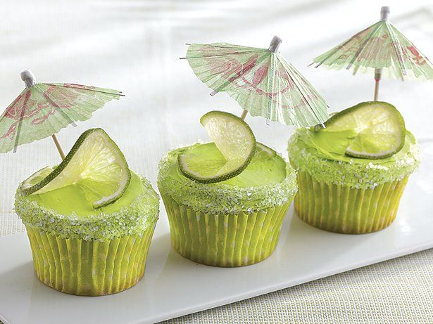 Bring together Betty Crocker® SuperMoist® lemon cake mix and frosting to make these margarita cupcakes – a perfect dessert to treat a crowd.