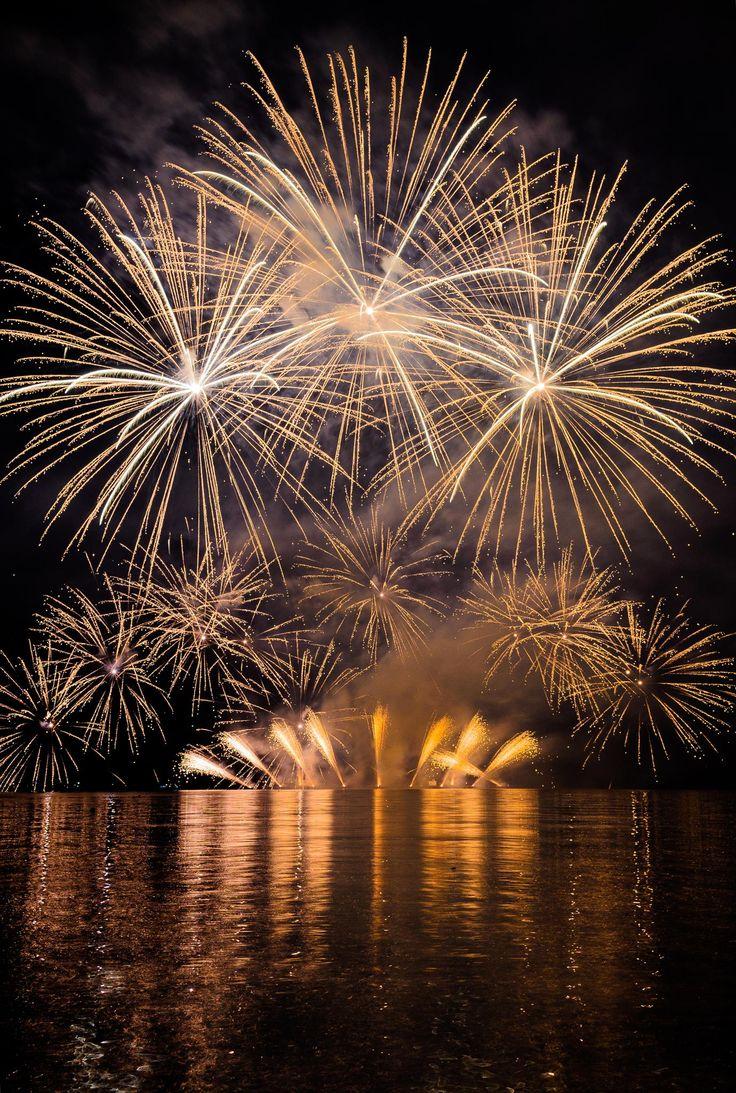 Fireworks - Grand Finale by Martin Štofko on 500px