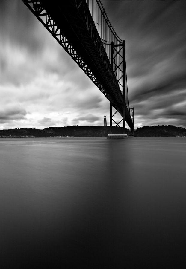 Ponte 25 de Abril, Lisboa, Portugal.