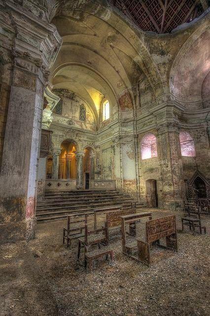 Stunningly Beautiful Abandoned Church