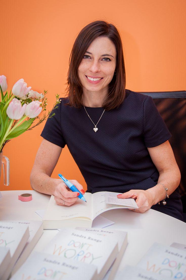 Kündigung in der Schwangerschaft und welche Rechte hat man eigentlich im Mutterschutz? Sandra hat ein Buch geschrieben und erzählt im Interview davon.