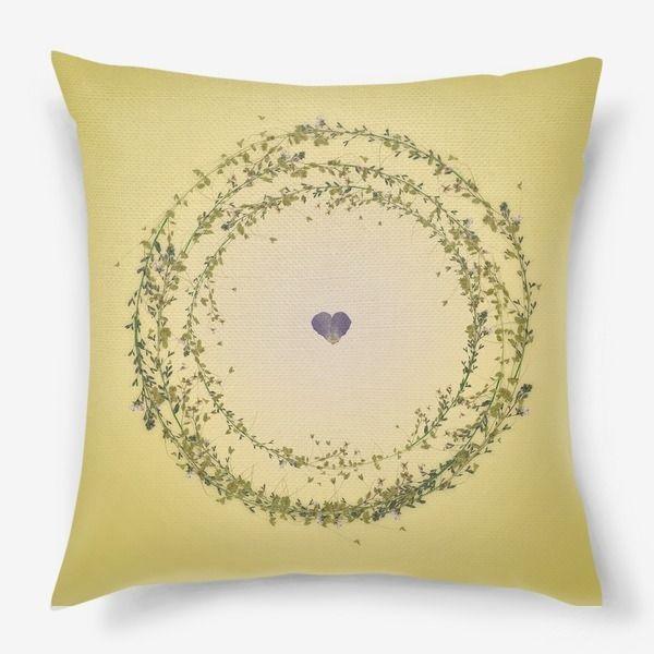 Подушка «Цветочная рамка»
