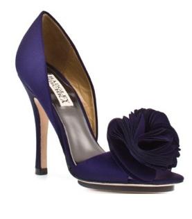 Bridal shoe w flower in purple ..