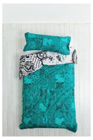 Capa de edredão verde B&W Luxury Desigual. Descobre a coleção outono/inverno 2016. Devoluções e envios para a loja grátis!