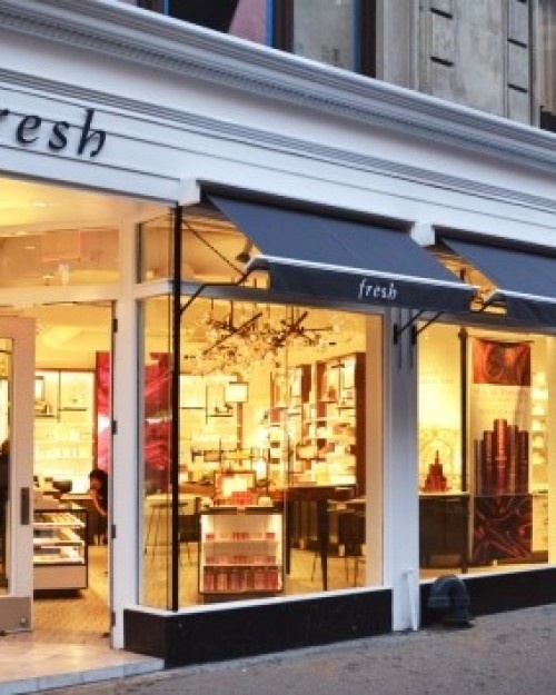 Want the UES look without dropping major dollars (or going under the knife)? Head to Fresh. #Jetsetter  http://www.jetsetter.com/hotels/new-york/manhattan/2679/an-uptown-nyc-mystery-hotel?nm=collection=0