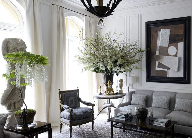 interior design by howard slatkin of the living room in the beaux arts new york townhouse