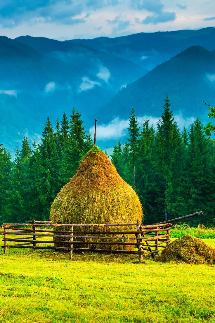 Beautiful lanscape in Bucovina. #romania #travel #haisitu www.haisitu.ro
